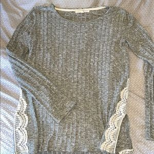 Women's Long Sleeve Top- Lace Detail